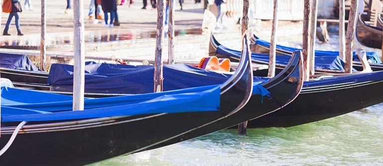 gondolier à Venise Italie