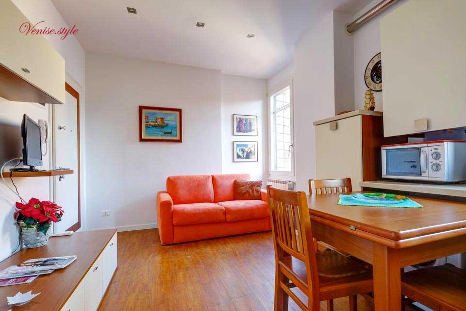 location appartements venise dorsoduro. Black Bedroom Furniture Sets. Home Design Ideas